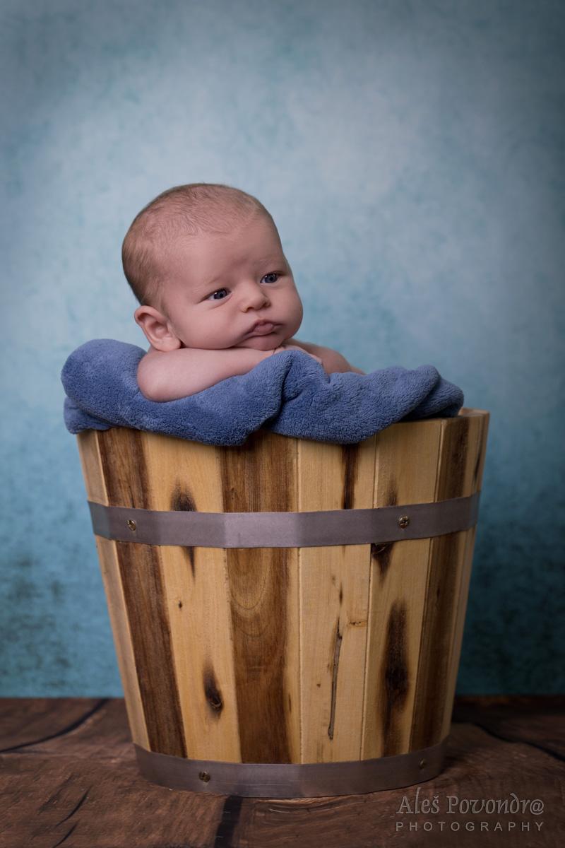 Tadeášek - newborn foto